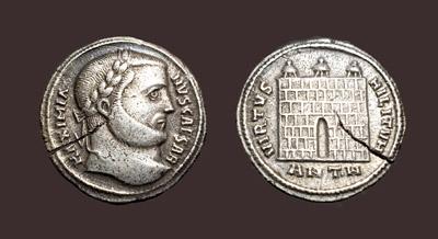 MaximianusArgenteus.jpg (91588 bytes)